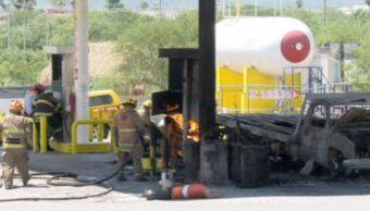 Explota gasera en Escobedo, NL; hay dos personas quemadas . (Noticieros Televisa)