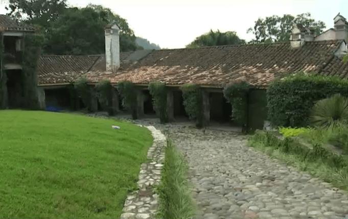 Javier Duarte pensaba vivir en la antigua hacienda 'El faunito', una vez que dejara el poder, según el actual gobernador. (Noticieros Televisa)