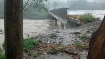 Fuerte lluvia en Tabasco afecta al municipio de Tacotalpa (Twitter @andresreportero, archivo)