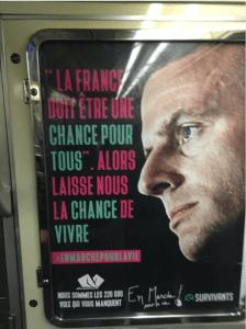 Los carteles tienen la firma del movimiento antiabortista Les Survivants. (http://www.leparisien.fr)