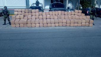 Elementos de la Sedena incautan marihuana en los municipios de Nuevo Laredo y Río Bravo, en Tamaulipas (Noticieros Televisa)