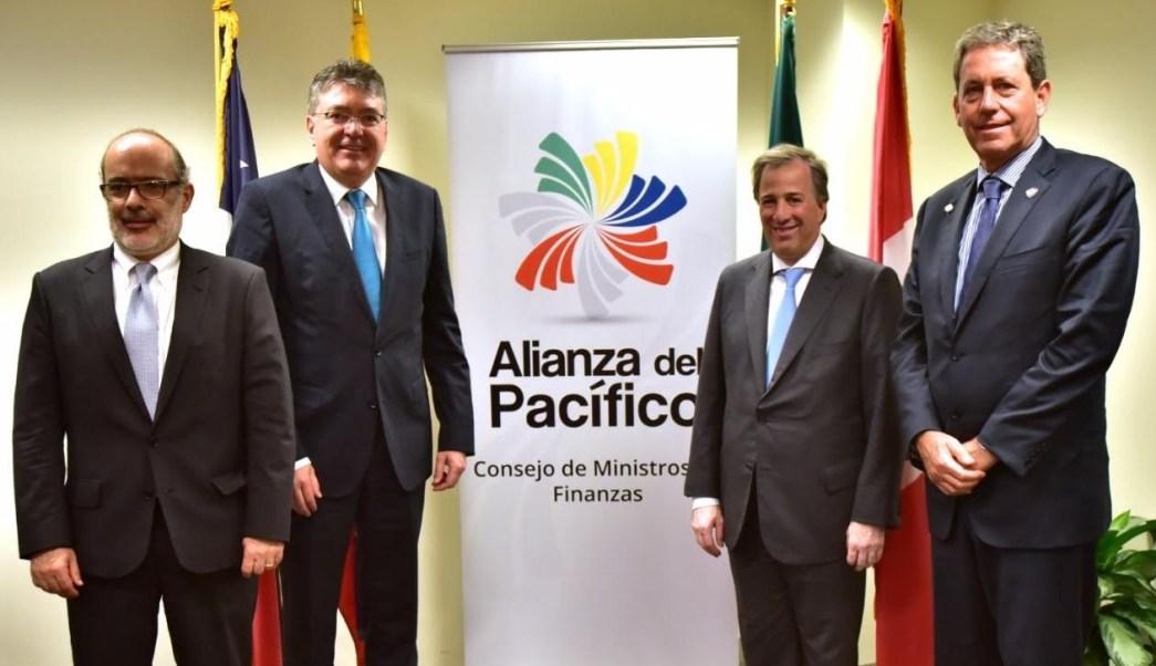El secretario de Hacienda y Crédito Público, José Antonio Meade Kuribreña, durante un encuentro con sus homólogos de la Alianza del Pacífico (AP) (Foto: SHCP)