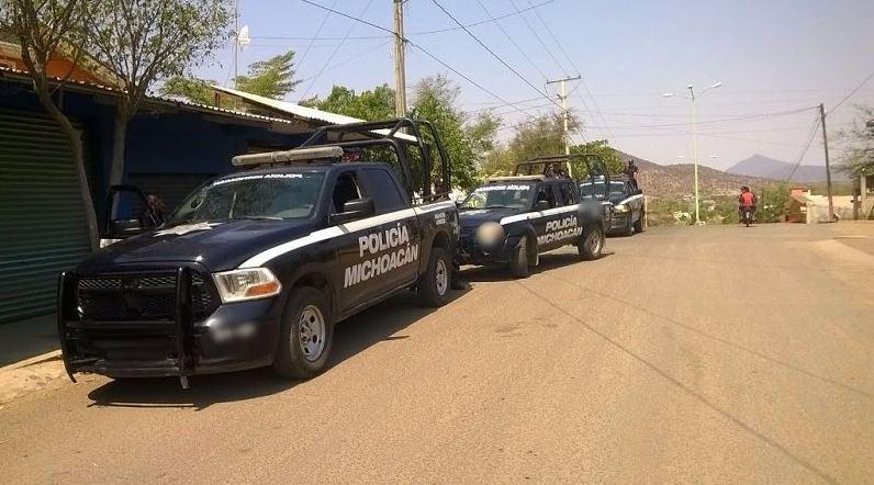 Tiroteo entre grupos criminales deja 9 muertos en Churumuco, Michoacán