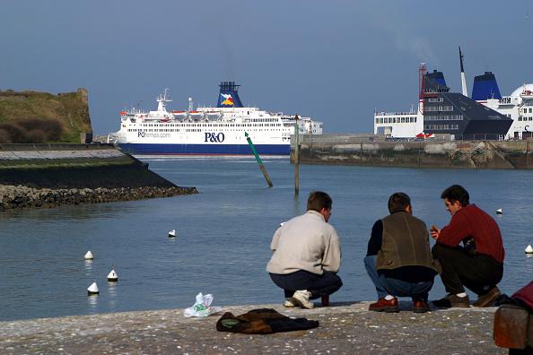 Calais, Francia, es el punto que conecta con Gran Bretaña a través del Canal de la Mancha (Getty Images, archivo)