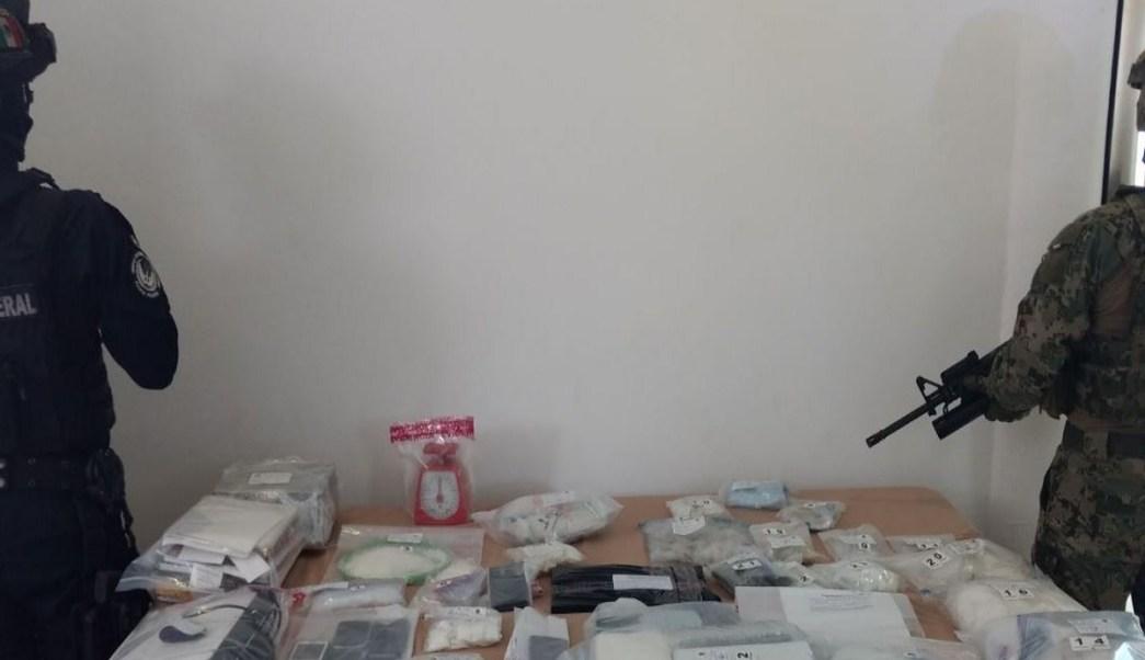 Detienen a hombre vinculado con la delincuencia en Cancún. (Twitter: @PoliciaFedMx)