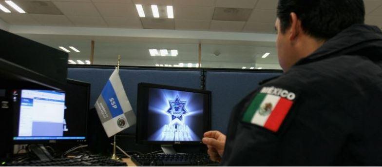 Iván Reyes Arzate, exdirector general en la División Antidrogas de la Policía Federal y enlace con la DEA, no solo filtró información de inteligencia al Cártel de los Beltrán Leyva, sino que se reunió, en la Ciudad de México, con el líder de esta organización delictiva para advertirle que era blanco de una operación conjunta entre México y EU. (Twitter@PoliciaFedMx)