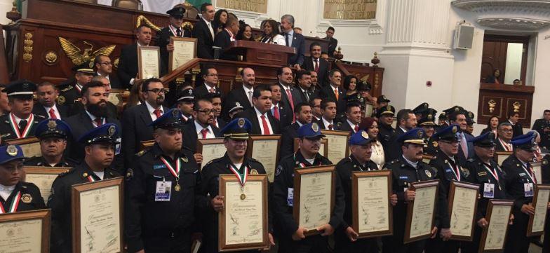 Encabezaron la ceremonia, el procurador general de Justicia, Rodolfo Ríos Garza y el secretario de Seguridad Pública, Hiram Almeida (Twitter/@hiramalmeidae