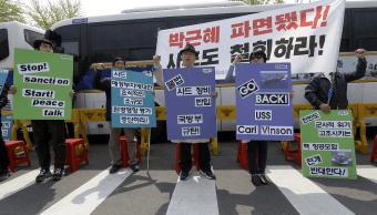 Protestas en Corea del Sur contra el portaaviones de Estados Unidos