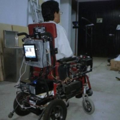 Investigadores de Colima desarrollan silla de ruedas para personas con cuadriplejía