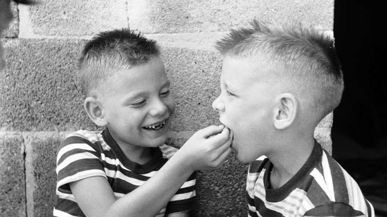 sonrisa, sonrisas, dia mundial de la sonrisa
