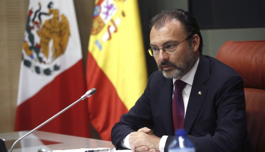 El secretario de Relaciones Exteriores, Luis Videgaray, ofrece una conferencia de prensa en España. (EFE)
