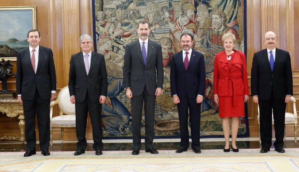Rey Felipe recibe al canciller Luis Videgaray en el Palacio de La Zarzuela. (Twitter/@CasaReal)