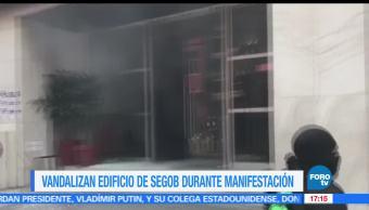 Vandalizan, edificio de Segob, manifestación, Ayotzinapa