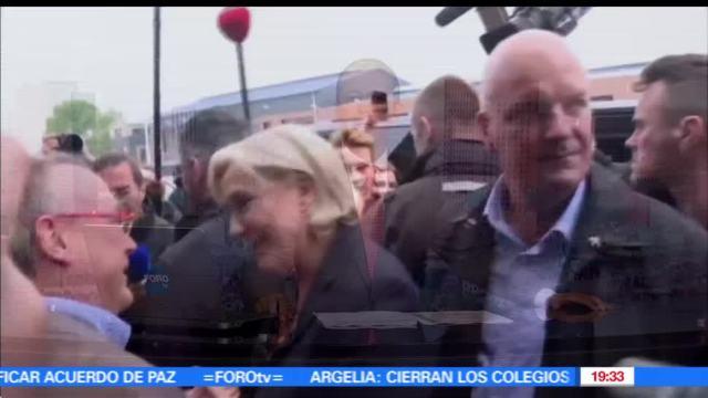 Francia, Lanza, Huevos, Candidata, Mariane LePen, Elecciones en Francia