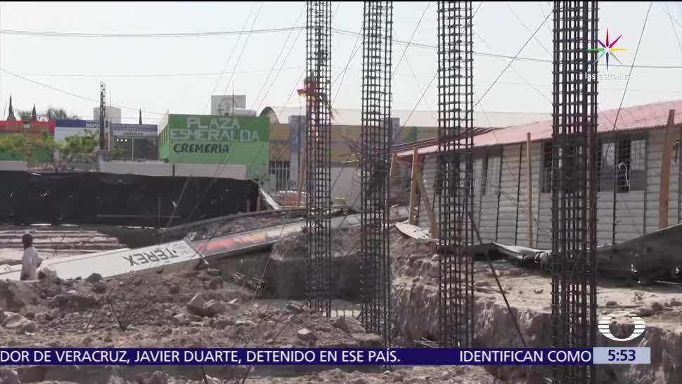 Grúa, destruye salón, Tlajomulco, Zúñiga Jalisco