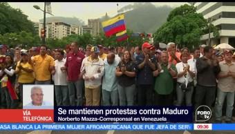 mantienen protestas, Nicolás Maduro, Venezuela, mujeres vestidas de blanco