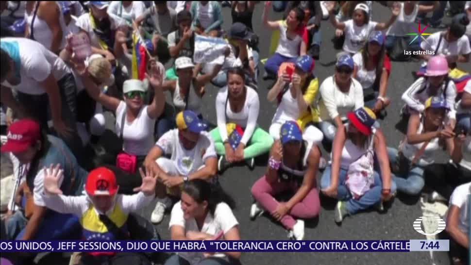 Mujeres de Venezuela, gobierno de Nicolás Maduro, Lilian Tintori, Leopoldo López