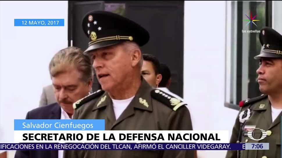 Salvador Cienfuegos, titular de la Sedena, militares, robo de combustible