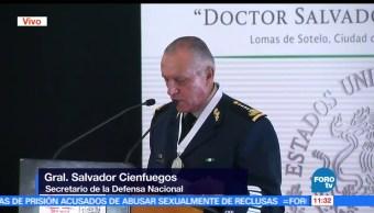 General, Salvador Cienfuegos, presea, Doctor Salvador Corrales Ayala