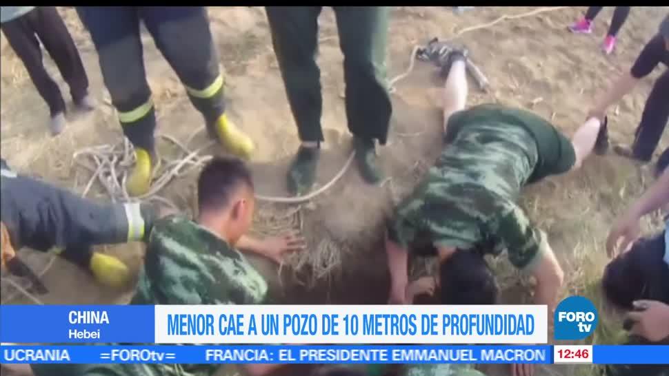 Policías, bomberos, menor, pozo de diez metros, Hebei