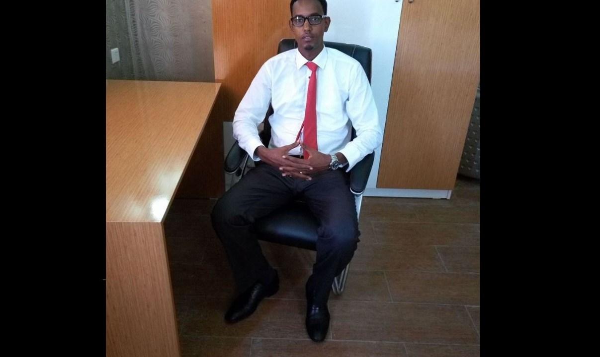 Matan por error al ministro de Obras Públicas y Reconstrucción, Abbas Abdullahi Sheikh Siraji. (@JulienLeClezio)