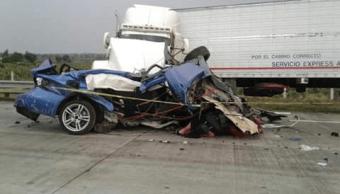 Mueren dos personas tras choque en autopista Arco Norte