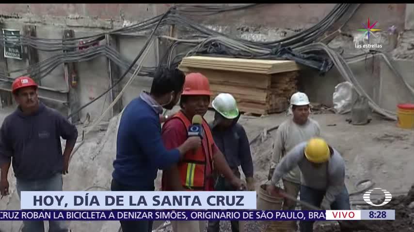 Aurelio Nuño, Darío Verón, juegan cascarita, niños
