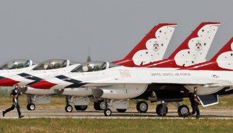 Aviones F16 de la escuadrilla de la demostración de Thunderbirds. (AP/archivo)