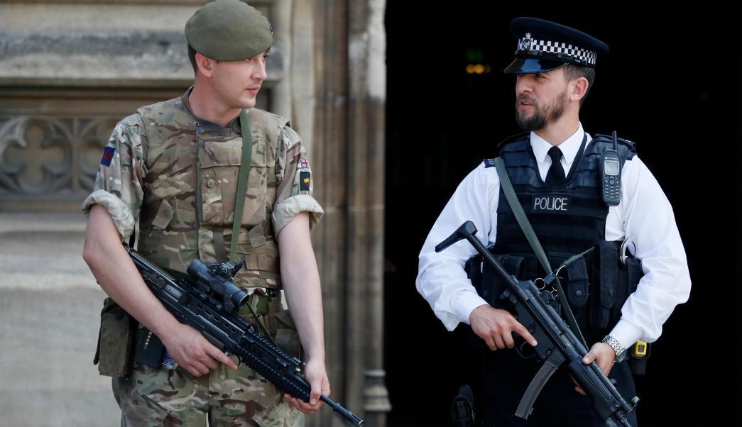 tropas armadas, Reino Unido, alerta terrorista, atentado, Manchester Arena.