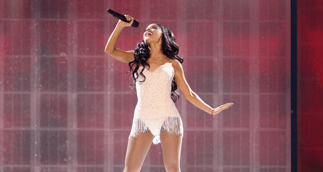 Ariana Grande cancela conciertos en Europa tras atentado en Manchester