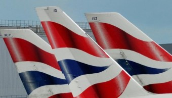 Aeronaves de British Airways en el aeropuerto de Heathrow en Londres (Reuters)