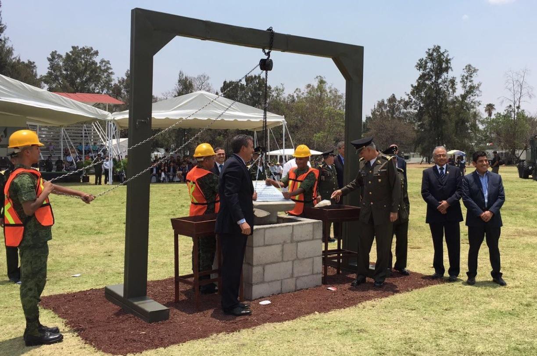 Colocan primera piedra de Brigada de la Policía Militar en Irapuato