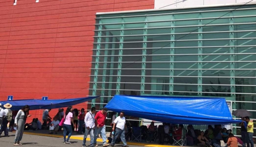 En Oaxaca, la Sección 22 de la CNTE bloqueó centros comerciales. (Twitter: @nvinoticiasoax)