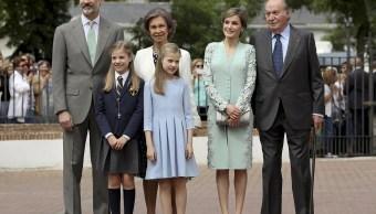 La familia real de España con la infanta Sofía (EFE)