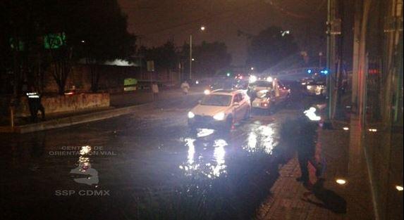 Lluvia y granizo provocan encharcamientos en la Zona Sur de la CDMX
