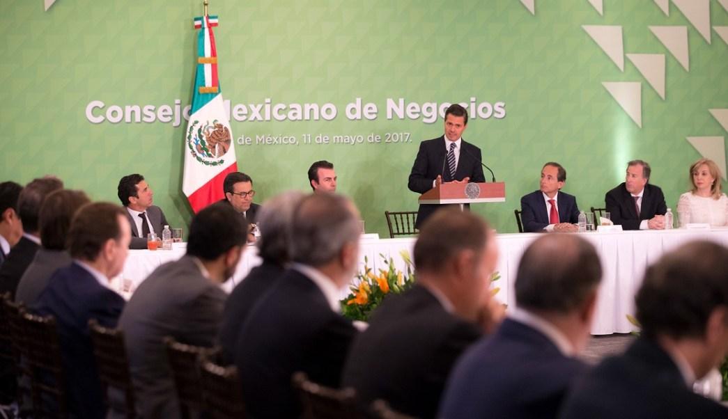 Los empresarios más importantes de México anunciaron al presidente Enrique Peña Nieto que invertirán más de 31 mil mdd este año en el país. (Presidencia de la República)