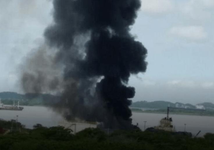 Medios locales reportan tres muertos por explosiones en Cartagena, Colombia.