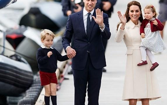 El príncipe Guillermo posa con su familia (Getty Images)