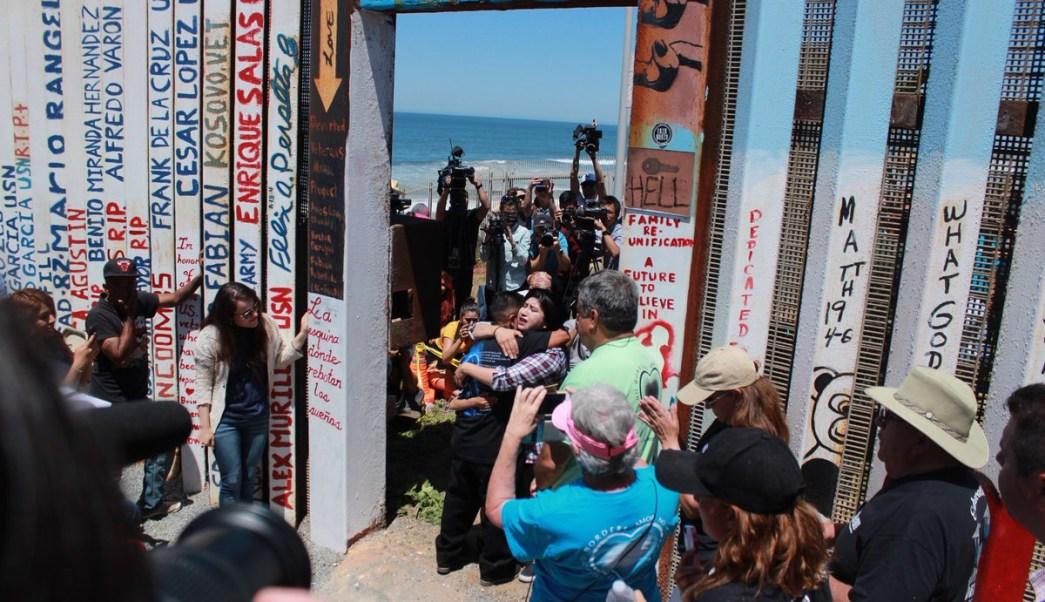 Resultado de imagen para refuerzan vigilancia en Playas de Tijuana, tras llegada de migrantes