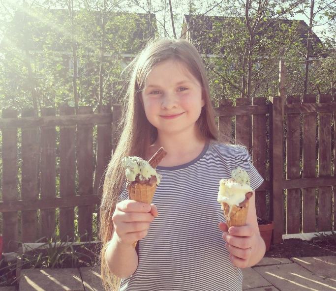 Ava Morrison-Bell es una niña de 11 años de Reino Unido (Twitter: @MasonCrossBooks)