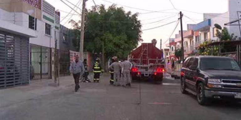 Incendio en casa de Guadalajara, Jalisco Noticieros Televisa