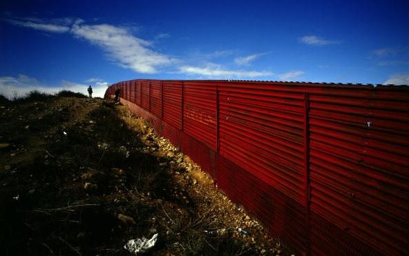 Trump: México es el país más peligroso y pagará por el muro
