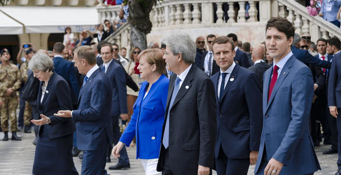 Líderes del G7 dan un paseo por las calles de Taormina, Italia
