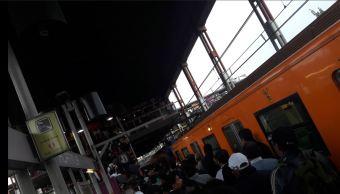 Estacion del metro de la Linea A