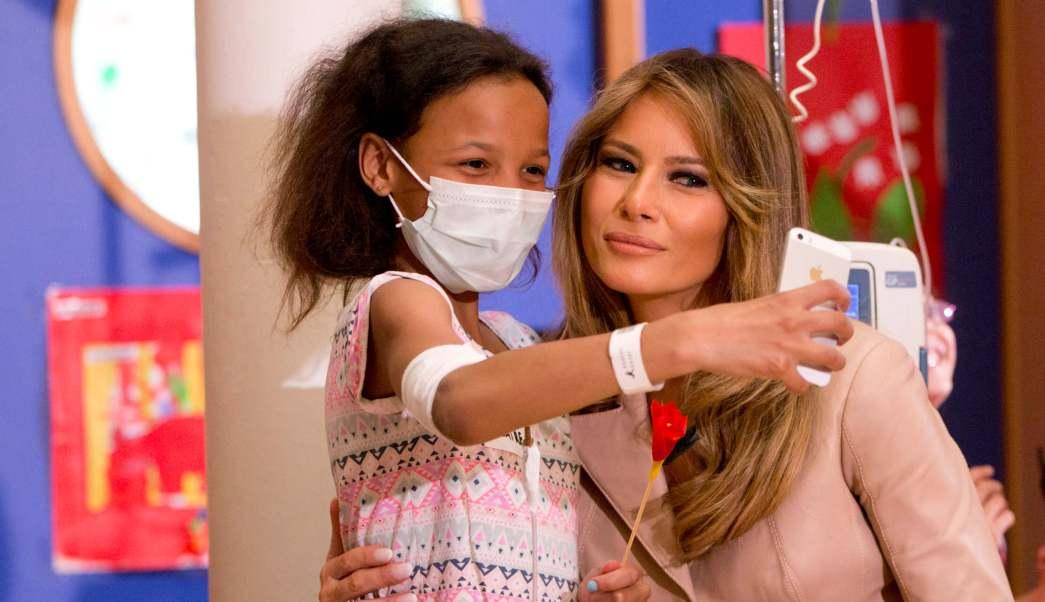 Melania Trump, primera dama de Estados Unidos, visita hospital en Bruselas