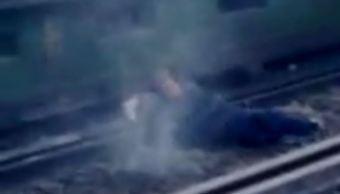 Cae mujer a las vías del Metro en la estación Zapata y sobrevive