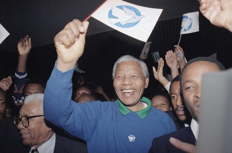 Nelson Mandela hombre odio abrazos 4