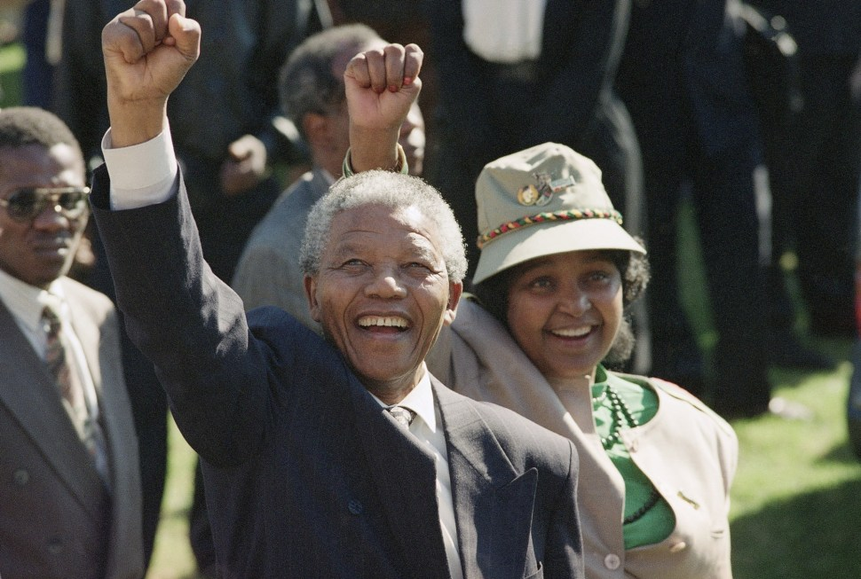 Nelson Mandela hombre odio abrazos 6