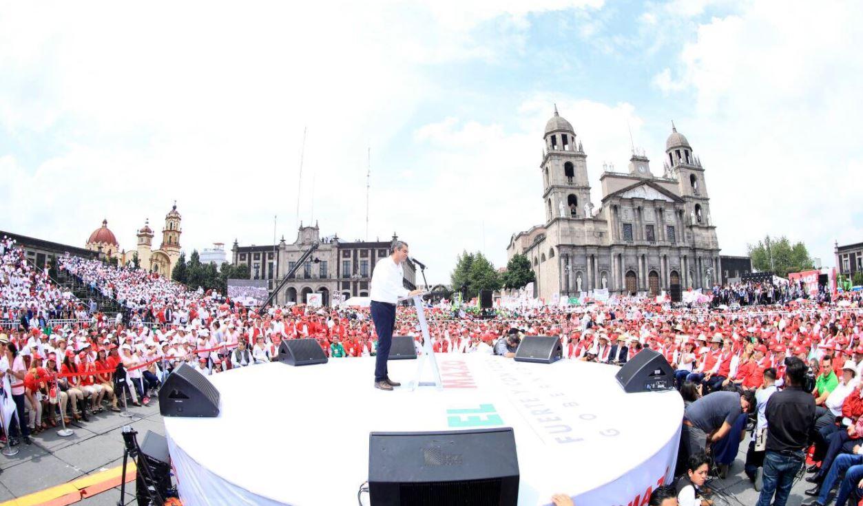 EPN reitera su defensa por la libertad creativa y de expresión