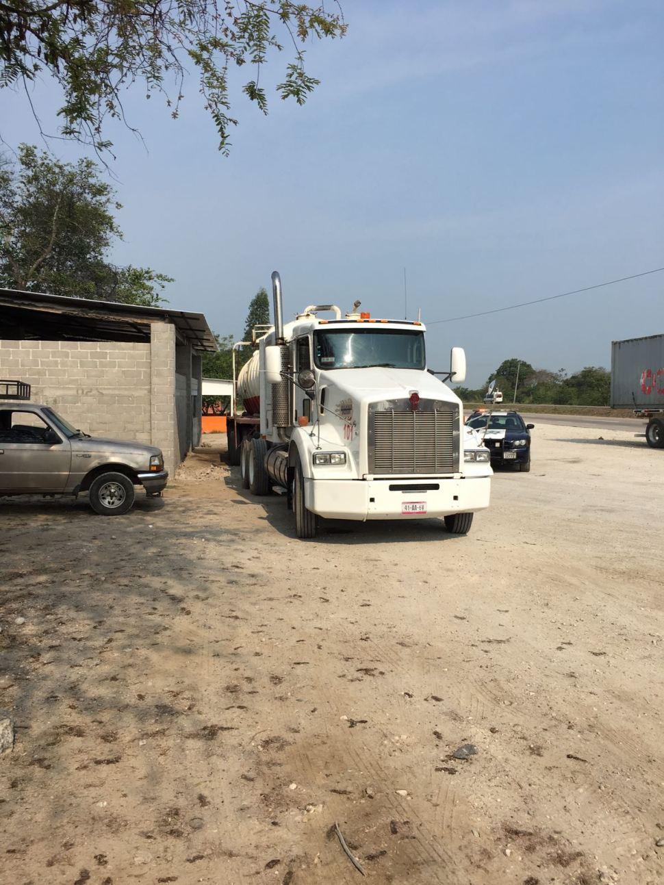 Policias federales incautan combustible robado en cardenas